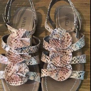 Vaneli Tayce Roccia Print Women US 8.5 Medium Shoe